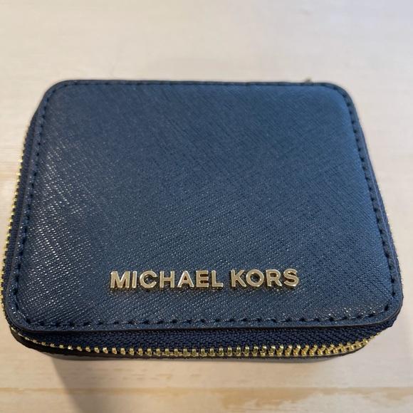 Michael Kors Jewlery case
